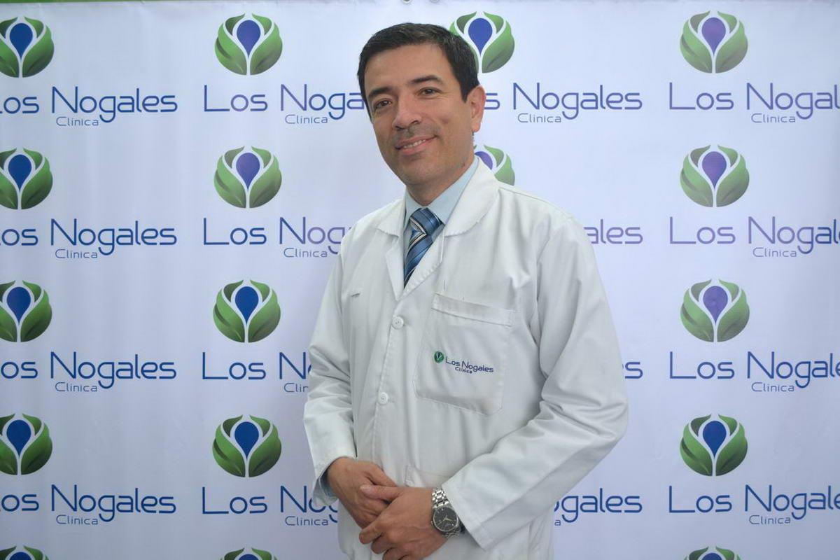 Dr. Carlos Velasquez