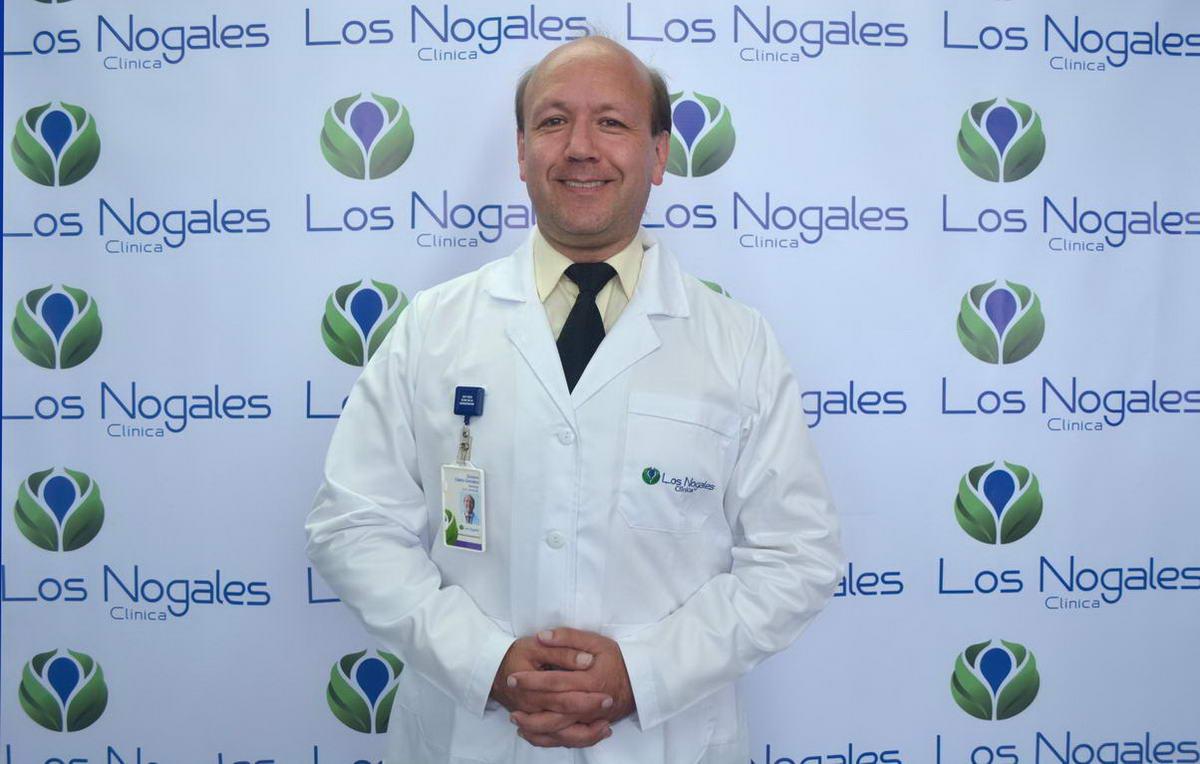 Dr. Gustavo Castro
